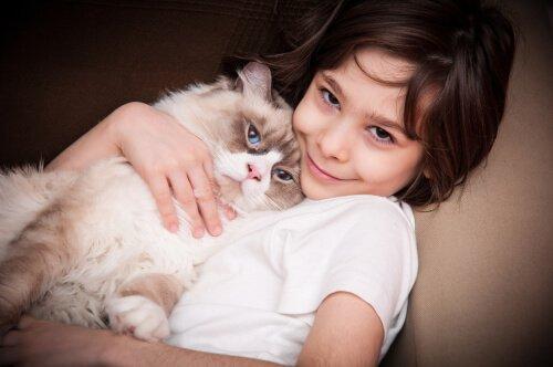 I gatti, un'ottima terapia per l'autismo