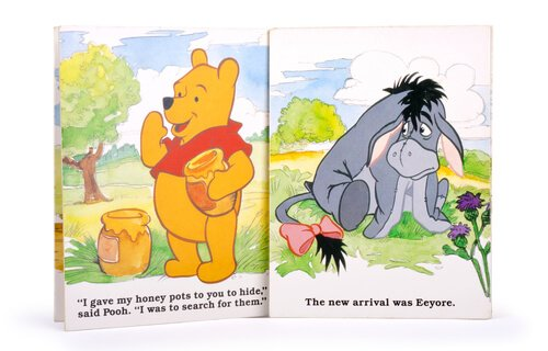 Disegni raffiguranti winnie the pooh e l'asinello Ih-Oh