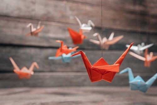 Cosa simboleggia l'origami della gru?