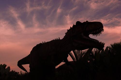 Tirannosauro rex con la bocca aperta
