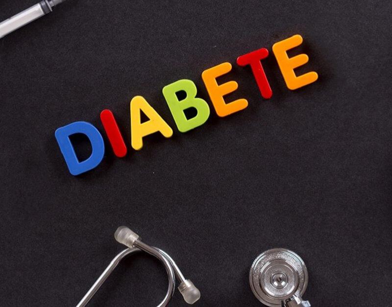 Diabete scritto a lettere colorate
