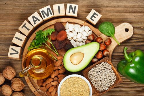 Alimenti che contengono vitamina E.